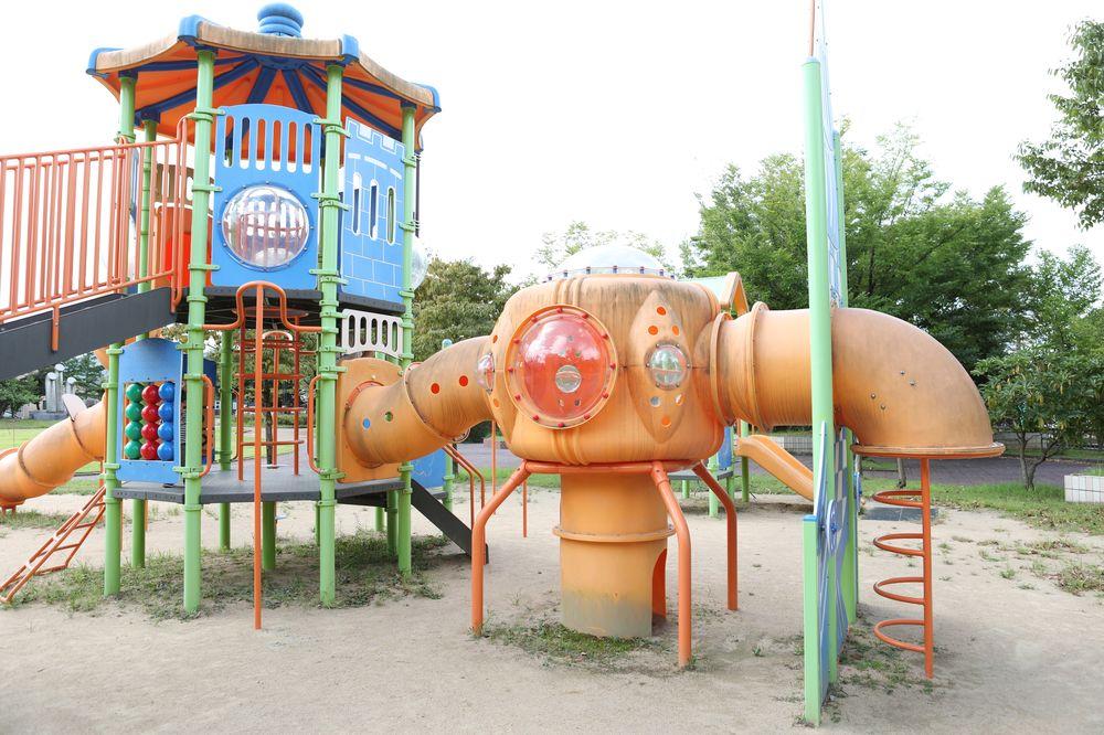 となみ公園ポータル 太郎丸ウエストパーク 複合遊具 宇宙船
