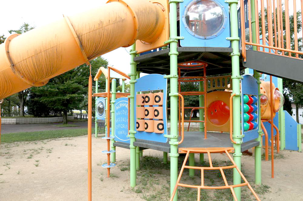 となみ公園ポータル 太郎丸ウエストパーク 複合遊具のぼり口